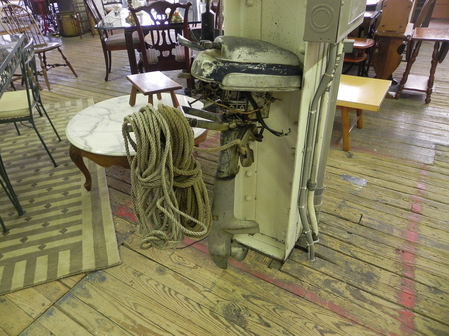 antiques305