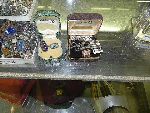 112012jewelry10004