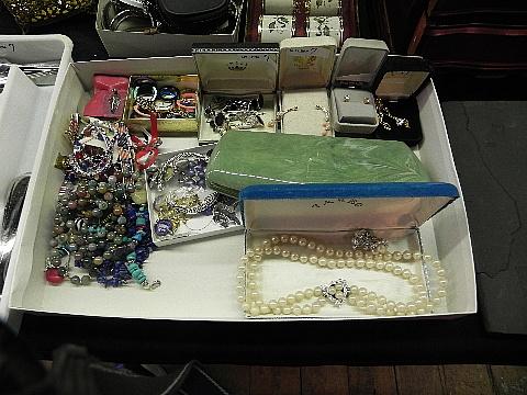 112012jewelry9945