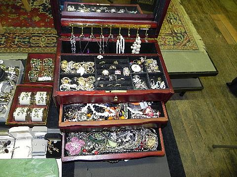 112012jewelry9948